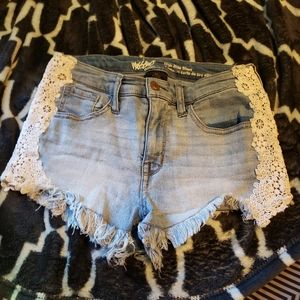 Mossimo 2/26 shorts frayed look with lacey sides